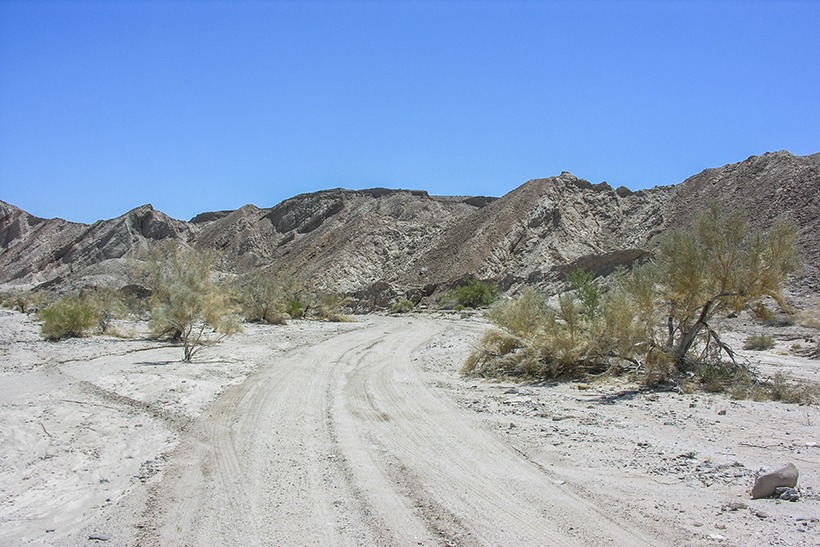 Wide open wash at Canyon Sin Nombre Anza Borrego State Park