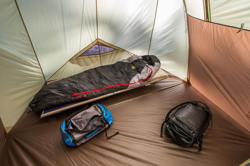 Slumberjack 10 tent internal view