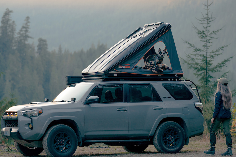 Roofnest clamshell Roof top tent